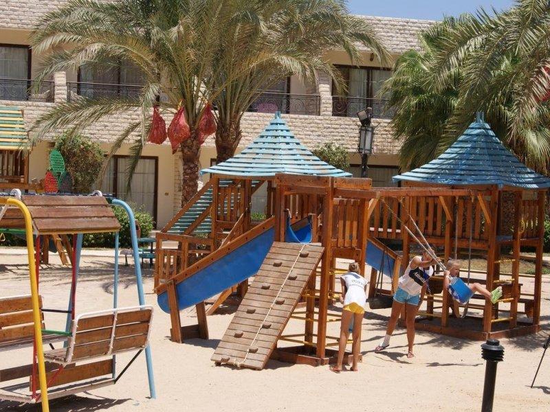 Aladdin Beach Resort - 7 Popup navigation