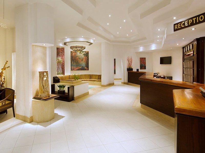 Al Fayrouz Resort - 18 Popup navigation